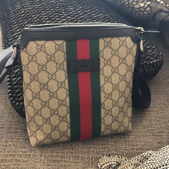 0fb435ee42f269 Gucci Bags | Messenger Bag | Poshmark